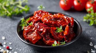 des tomates séchées fait-maison